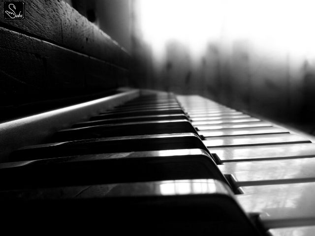 piano images