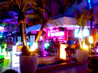 south beach océan drive avenue bar