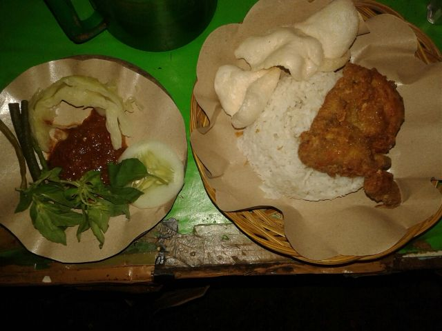 Nasi Lalapan Indonesia