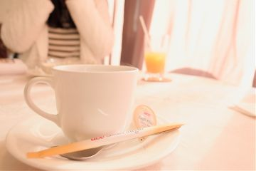 cafe portrait food
