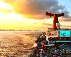 photography people colorful travel sea