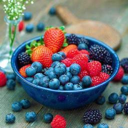 berries fruits strawberries summer intresting